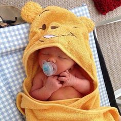Unique Baby Names for Boys - Baby Boy Names Baby Girl Names Cute Little Baby, Lil Baby, Baby Kind, Little Babies, Baby Love, Cute Babies, Unique Baby Names, Foto Baby, Cute Baby Pictures