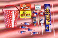 Lots of great 4th of July ideas and especially a cute party favor.