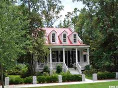 Beaufort SC.  Quaint southern home in a beautiful southern setting.