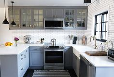 Interiors by Jacquin: Traditional LA Home with Pops of Modern Decor: Publicist Molly Schoneveld