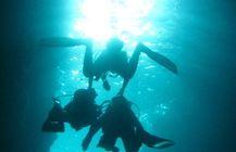 沖縄青の洞窟ダイビング映像