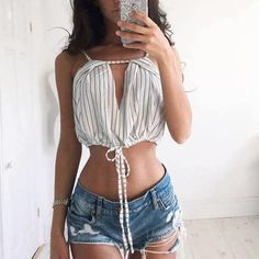 this top with a high waisted skirt or pair of high waisted shorts Fashion Beauty, Girl Fashion, Fashion Outfits, Womens Fashion, Summer Outfits, Casual Outfits, Cute Outfits, Bethany Moore, Skinny Inspiration