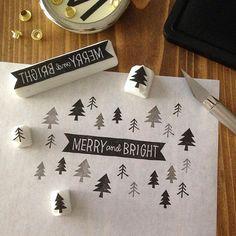 黒インクの濃淡。 #消しゴムはんこ#eraserstamp#ハンドメイド#スタンプ#クリスマス#イラスト#モノクロ#handmade#stamp#christmas#cardmaking Merry And Bright, Handicraft, Cool Designs, Paper Crafts, Carving, Stamp, Lettering, Instagram Posts, Christmas