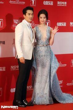 Song Seung Heon′s Side Confirms He′s Dating Chinese Actress Liu Yifei | EnewsWorld Mobile