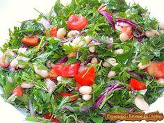 Salata consistenta de fasole si patrunjel bean, parsley and red onion, salad Healthy Salad Recipes, Seaweed Salad, Avocado Toast, Beans, Onion Salad, Breakfast, Ethnic Recipes, Parsley, Food