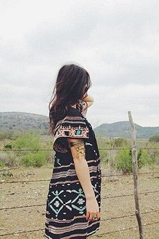 Great pattern, loose and flowy dress