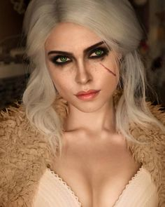 Ciri Cosplay by Ilona Bugaeva : witcher Ciri Witcher, Witcher Art, The Witcher Books, The Witcher 3, Cosplay Makeup, Cosplay Costumes, Fantasy Characters, Female Characters, Witcher Wallpaper