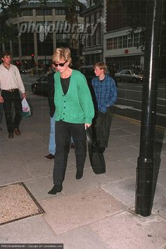 Diana with her boys in 1995