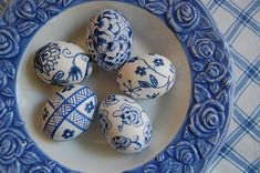Clever Karen: Blue Willow Easter Eggs  |  So Pretty!!!
