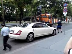 Maybach 62S Failed towed away too heavy - YouTube