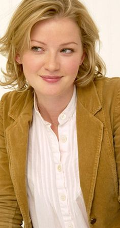 Gretchen Mol photos, including production stills, premiere photos and other event photos, publicity photos, behind-the-scenes, and more.
