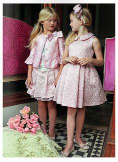 O mercado infantil também pede tecidos trabalhados, seja para modelagens básicas ou peças de festa. A construção jacquard é uma ótima opção. Dê preferencia a cores mais alegres e desenhos delicados. #FocusTêxtil #jacquards #kids #textil