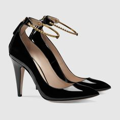 Gucci - Patent leather ankle strap pump