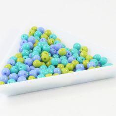 """Směs kuliček 4 mm """"retro"""" 100 ks Exkluzivní směs 4mm kuliček. Retro mix neprůhledných korálků v safírové, zelené a tyrkysové barvě. Cena za 100 kusů"""