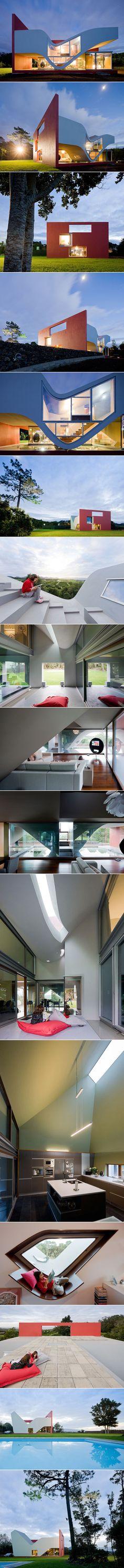House on the Flight of Birds by Bernardo Rodrigues