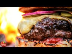 Stone-Fried in the Forest Cheeseburger. Fire Cooking, New Cooking, Outdoor Cooking, Cooking Food, Food L, Food Porn, Best Cheeseburger Recipe, Homemade Cheese, Wrap Sandwiches