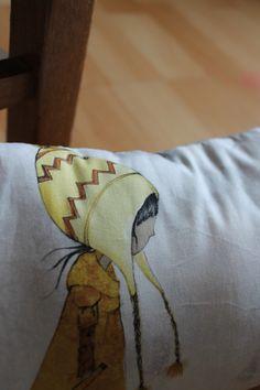 Garance mini cushion original printed illustration on cotton fabric. Creation Homes, Fabric Garland, Watercolor Canvas, Lampshades, Cotton Fabric, Cushions, The Originals, Detail, Printed