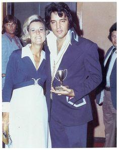 Elvis With A Fan