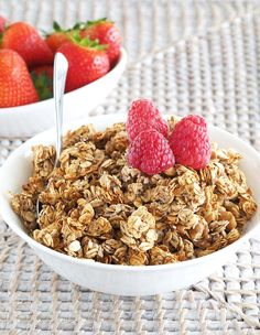 Sugar-Free, Oil-Free Banana Granola - The Breakfast Drama Queen