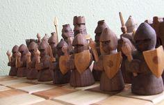 Xadrez em madeira esculpida à mão