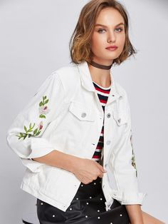 Floral Embroidered Button Front Denim Jacket With Pockets -SheIn(Sheinside)