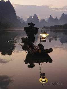 Traditional Chinese Fisherman with Cormorants, Li River, Guilin, China Photographic Print at AllPosters.com