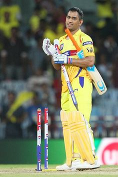 Skipper Mahendra Singh Dhoni smashed a superb half-century under pressure as Chennai Super Kings registered a close five-wicket victory over Sunrisers Hyderabad in the Pepsi IPL match, in Chennai, on Thursday. India Cricket Team, Cricket Sport, Ms Dhoni Photos, Dhoni Quotes, History Of Cricket, Match List, Ms Dhoni Wallpapers, Ipl Live, Cricket