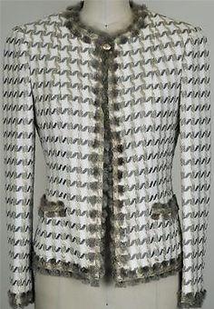 Gorgeous Chanel 05P Rare Fringed Tweed Jacket NEW 34 Classic Coat Blazer
