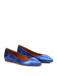 THE SELLER - Scarpa bassa - Donna - Scarpa bassa in pelle laminata vintage con suola in cuoio e gomma. - AVIO - € 119.00