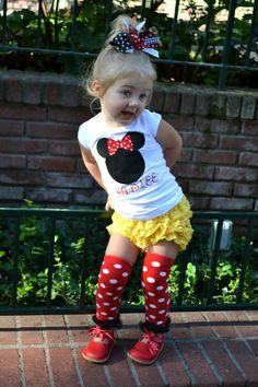 Disneyworld Outfit!!! Freakin love this! Can't wait until adriyana is old enough for Disneyworld :)))