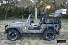 Get Your Auto Repaired Right With These Tips Hunting Truck, Texas Hunting, Quail Hunting, Big Game Hunting, Dream Garage, Rear Seat, Abandoned, Monster Trucks, Vehicles