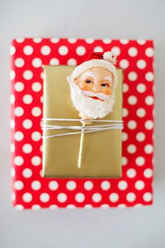 Vintage Ornament Wrapping DIY