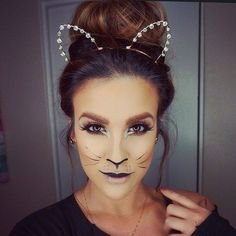 Today is Cat Day! Here's a cat makeup to pump up the celebration.