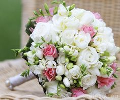 http://www.matrimonio.it/forum/viewtopic.php?f=3=66395 bouquet bianco e rosa per un matrimonio shabby chic