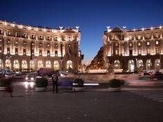 Piazza della Repubblica o piazza Esedra