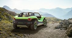 Volkswagen has built a new electric-car concept called the I. Buggy that's reminiscent of dune buggies of yore. Electric Car Concept, Electric Motor, Electric Cars, Electric Vehicle, Vw Beach, Beach Buggy, Vw Dune Buggy, Dune Buggies, Vans Vw