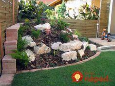 Chcete v záhrade skalku? 35 prekrásnych nápadov, ktoré určite oceníte! Rock Garden Design, Stepping Stones, Outdoor Decor, Outdoor Ideas, Yard, Plants, Diy, Garden Ideas, Outdoors