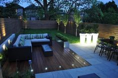 bombillas LED en el suleo de la terraza