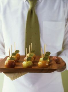 mini candied apples from martha stewart #autumn #fall theme #wedding #event #party