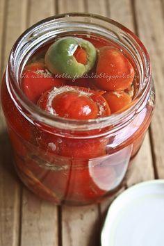 La ricetta della felicità: La settimana della cucina calabrese: peperoncini piccanti ripieni sott'olio