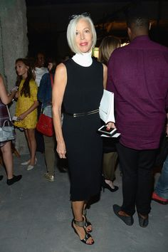 Linda Fargo Photos Photos - Linda Fargo attends the Opening Ceremony Spring 2016 fashion show during New York Fashion Week at 25 Wall Street on September 13, 2015 in New York City. - Opening Ceremony - Front Row - Spring 2016 New York Fashion Week