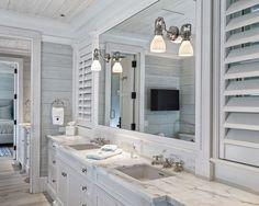 Florida Cottage Decorating   Delightful Beach House in Bright Color : Cozy Bathroom Design Interior ...