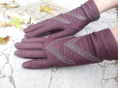 Vintage Women's Gloves 1970s Brown Aris by VintageElations on Etsy