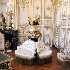 Le domaine de Chantilly / www.omonchateau.com
