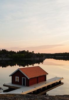 A Self-Guided Kayaking Adventure Through Sweden's Sankt Anna Archipelago Backpacking Europe, Europe Travel Tips, Europe Packing, Traveling Europe, Packing Lists, Travel Hacks, Travel Packing, Travel Essentials, Travelling