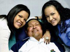 Governo divulga primeiras fotos de Chávez após cirurgia