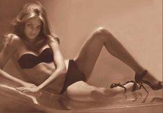 Calvin Klein - Natalia Vodianova - 2005FW - ad campaign underwear -  fashion ads