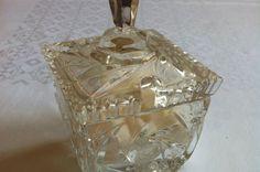Kristalna posuda s kockama šećera, Siuar, Crystal bowl, Sugar