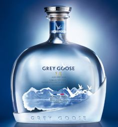 Saga Grey Goose : Grey Goose VX, mixed spirit drink, entre vodka et cognac...  http://www.spiritueuxmagazine.com/2015/12/saga-grey-goose-grey-goose-vx-mixed.html