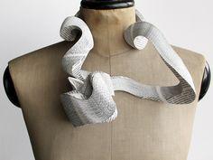 Janna Syvänoja, Untitled, 2014, necklace, recycled paper, steel wire, 250 x 220 x 75 mm, photo: artist
